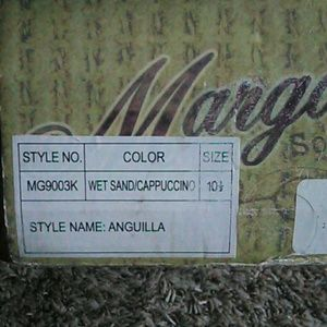 Margaritaville Shoes - Men's Mint Condition Boat Shoes Worn one time.